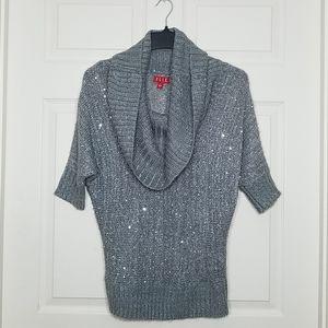 🎀EUC🎀 ELLE Gray/Silver Cowl Neck Sweater Size: S